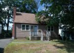 Foreclosed Home in New Britain 06053 ELAM ST - Property ID: 4198659333