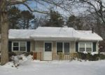 Foreclosed Home in Mastic 11950 FORRESTALL DR - Property ID: 4198979494