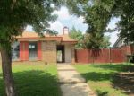 Foreclosed Home in Arlington 76017 RIMCREST DR - Property ID: 4199067985