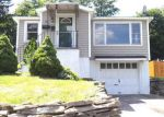 Foreclosed Home in Syracuse 13207 WOLCOTT TER - Property ID: 4199196740