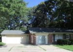 Foreclosed Home in Elizabethtown 42701 CHILDERS CT - Property ID: 4200239550
