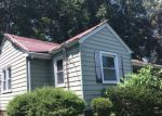 Foreclosed Home in Trenton 08638 WOODLAND AVE - Property ID: 4200514597