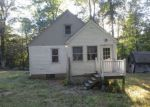 Foreclosed Home in Winsted 06098 HUNTINGTON RD - Property ID: 4200640289