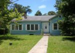 Foreclosed Home in Moss Point 39563 BEARDSLEE ST - Property ID: 4201047613