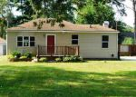 Foreclosed Home in Gary 46408 W 40TH AVE - Property ID: 4201185122
