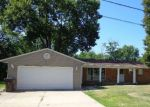 Foreclosed Home in Peoria 61604 W RONLYNN PL - Property ID: 4201207467