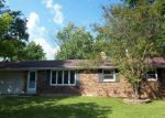 Foreclosed Home in Green Bay 54313 CAROLE LN - Property ID: 4201815822