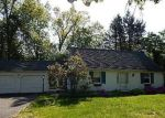 Foreclosed Home in West Hartford 06117 MOUNTAIN RD - Property ID: 4201883710