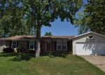 Foreclosed Home in Saint Charles 63301 OLDE WORCESTER DR - Property ID: 4202001969