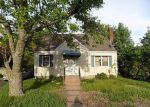 Foreclosed Home in Manchester 6042 ENGLEWOOD DR - Property ID: 4202032616