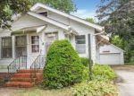 Foreclosed Home in Newton 50208 N 4TH AVE E - Property ID: 4202257737