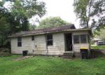 Foreclosed Home in Jacksonville 32220 MARINER ST - Property ID: 4202741701