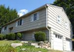 Foreclosed Home in Seymour 06483 SUMMER HILL RD - Property ID: 4202841550