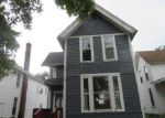 Foreclosed Home in Clinton 52732 9TH AVE S - Property ID: 4202955428
