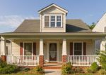 Foreclosed Home in Richmond 23224 WARWICK RD - Property ID: 4202966824