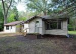 Foreclosed Home in Muskegon 49444 DEBAKER RD - Property ID: 4203465220