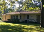 Foreclosed Home in Lufkin 75901 BROUSSARD AVE - Property ID: 4203523926