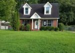 Foreclosed Home in Clarksville 37042 SPEES DR - Property ID: 4203538815