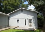 Foreclosed Home in Grove 74344 S 627 LN - Property ID: 4203670641