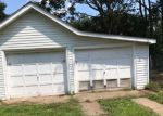 Foreclosed Home in Trenton 08610 CHAMBERS ST - Property ID: 4205241653