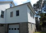 Foreclosed Home in Shelton 06484 BEECHER AVE - Property ID: 4205403705