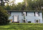 Foreclosed Home in Winsted 06098 DANBURY QUARTER RD - Property ID: 4205541665