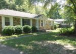Foreclosed Home in Clarksville 37042 ELBERTA DR - Property ID: 4205818462