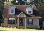 Foreclosed Home in Clarksville 37042 SHELTON CIR - Property ID: 4205824142