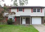 Foreclosed Home in Pittsburgh 15235 RICHLAND DR - Property ID: 4207060108
