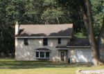 Foreclosed Home in Muskegon 49442 S WOLF LAKE RD - Property ID: 4207173107