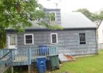 Foreclosed Home in Bridgeport 06606 DOUGLAS ST - Property ID: 4207320718