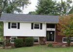 Foreclosed Home in Kingsport 37664 JUNE DR - Property ID: 4207442470