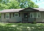 Foreclosed Home in Decatur 62521 MADISON DR - Property ID: 4207878246