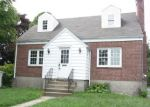 Foreclosed Home in Bridgeport 06606 MADISON AVE - Property ID: 4208085414