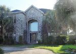 Foreclosed Home in New Orleans 70114 MEMORIAL PARK DR - Property ID: 4209260950