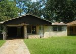 Foreclosed Home in Shreveport 71106 MELROSE ST - Property ID: 4209276260