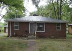 Foreclosed Home in Redford 48240 GARFIELD - Property ID: 4209317886