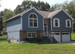 Foreclosed Home in Kansas City 64155 NE 115TH TER - Property ID: 4209354220