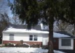Foreclosed Home in Mastic 11950 PAWNEE AVE - Property ID: 4209767228