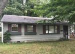 Foreclosed Home in Brownsburg 46112 E DOUGLAS DR - Property ID: 4209772940