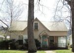 Foreclosed Home in Fort Payne 35967 ALABAMA AVE NW - Property ID: 4210116295
