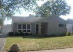 Foreclosed Home in Des Plaines 60018 CEDAR ST - Property ID: 4210161408
