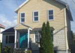 Foreclosed Home in Scranton 18505 S IRVING AVE - Property ID: 4210441719