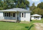 Foreclosed Home in Louisville 40216 MERCER AVE - Property ID: 4210711957