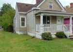 Foreclosed Home in Louisville 40211 BEECH ST - Property ID: 4210720259