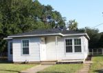 Foreclosed Home in Athens 75751 W CLINTON AVE - Property ID: 4210929172