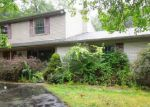 Foreclosed Home in Farmington 48334 SUMMERWOOD RD - Property ID: 4211167437
