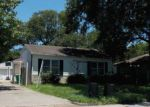 Foreclosed Home in Baytown 77520 PARKWAY ST - Property ID: 4211461313
