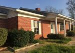 Foreclosed Home in Marshall 75670 W PINECREST DR - Property ID: 4211766588