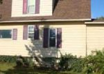 Foreclosed Home in Fenton 48430 W CAROLINE ST - Property ID: 4211810826